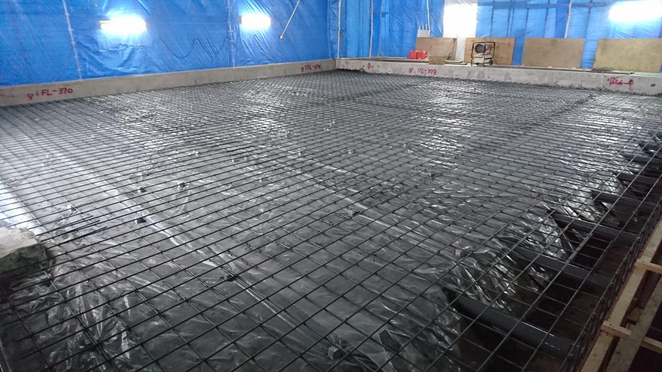 凍上防止管 砕石 フィルム 鉄筋工事施工完了